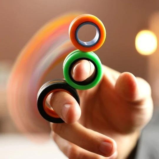 Fingears spinning